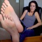 Sweet Lady Foot Fetish Cam Show